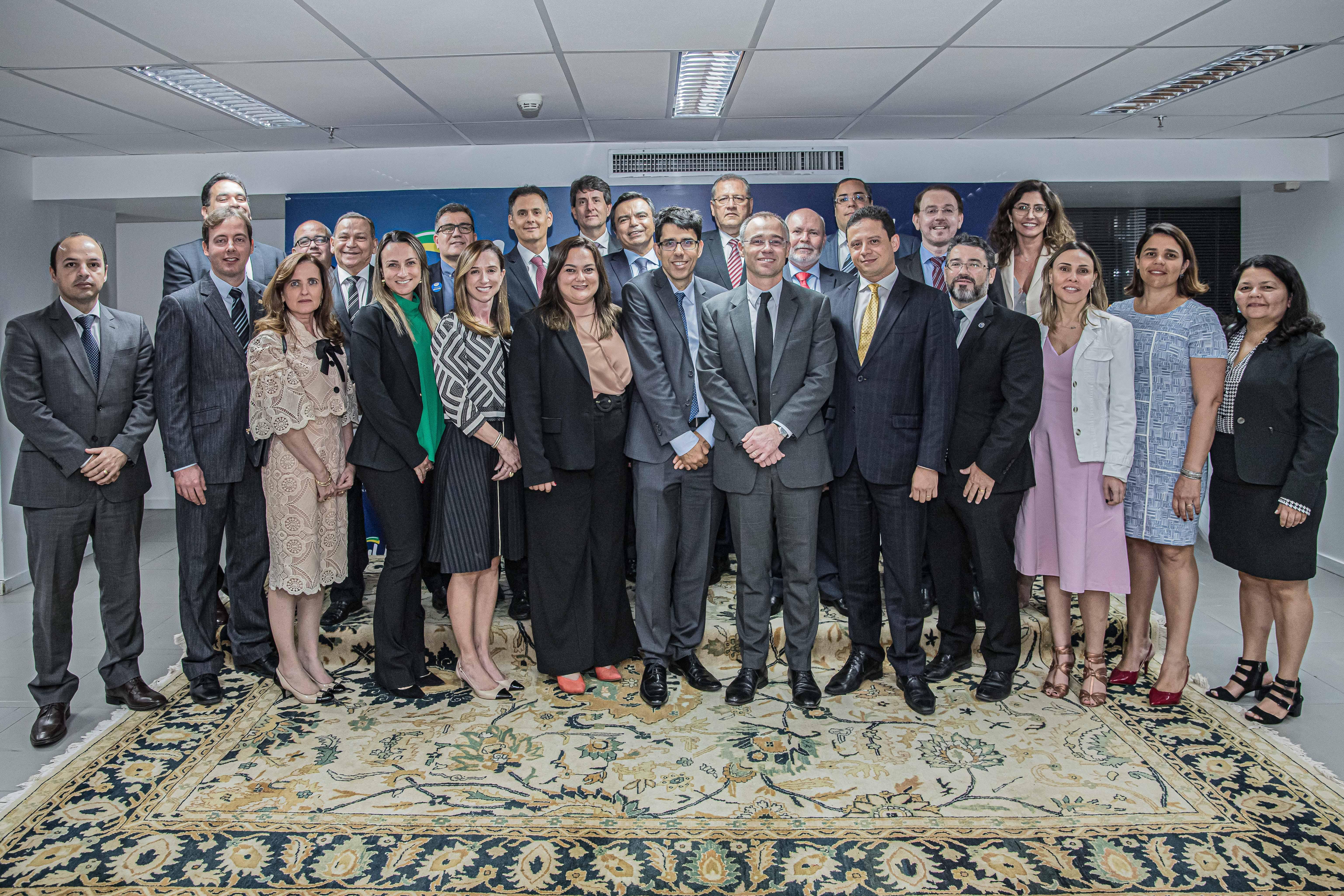 PGEs assinam termo de parceria com a AGU para avanço no sistema de informações